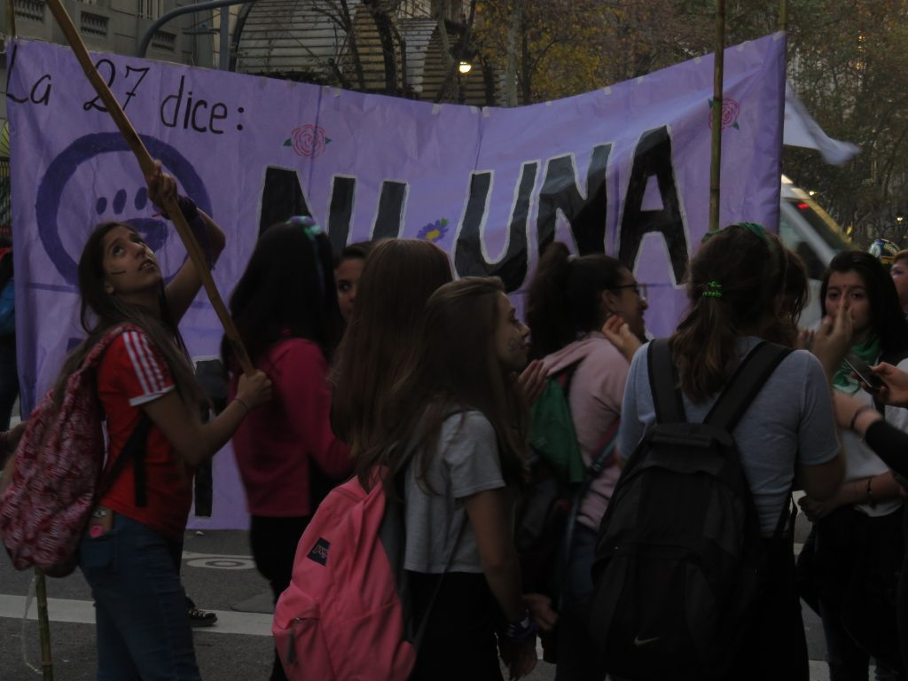 """""""Queremos más ESI"""". Las demandas estudiantiles interpelan nuestras prácticas docentes [*]"""